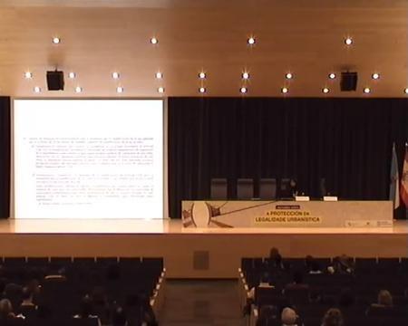 María Martínez Allegue. Directora da APLU. Ponencia Pontevedra. - Xornada sobre a Protección da Legalidade Urbanística